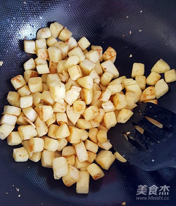 炒馒头丁怎么煮