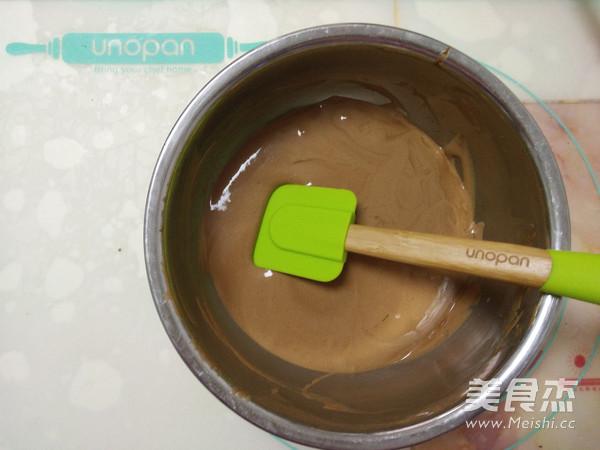 双色巧克力慕斯蛋糕怎么煸