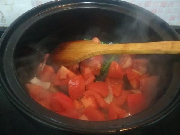 西红柿土豆炖牛腩怎么炒