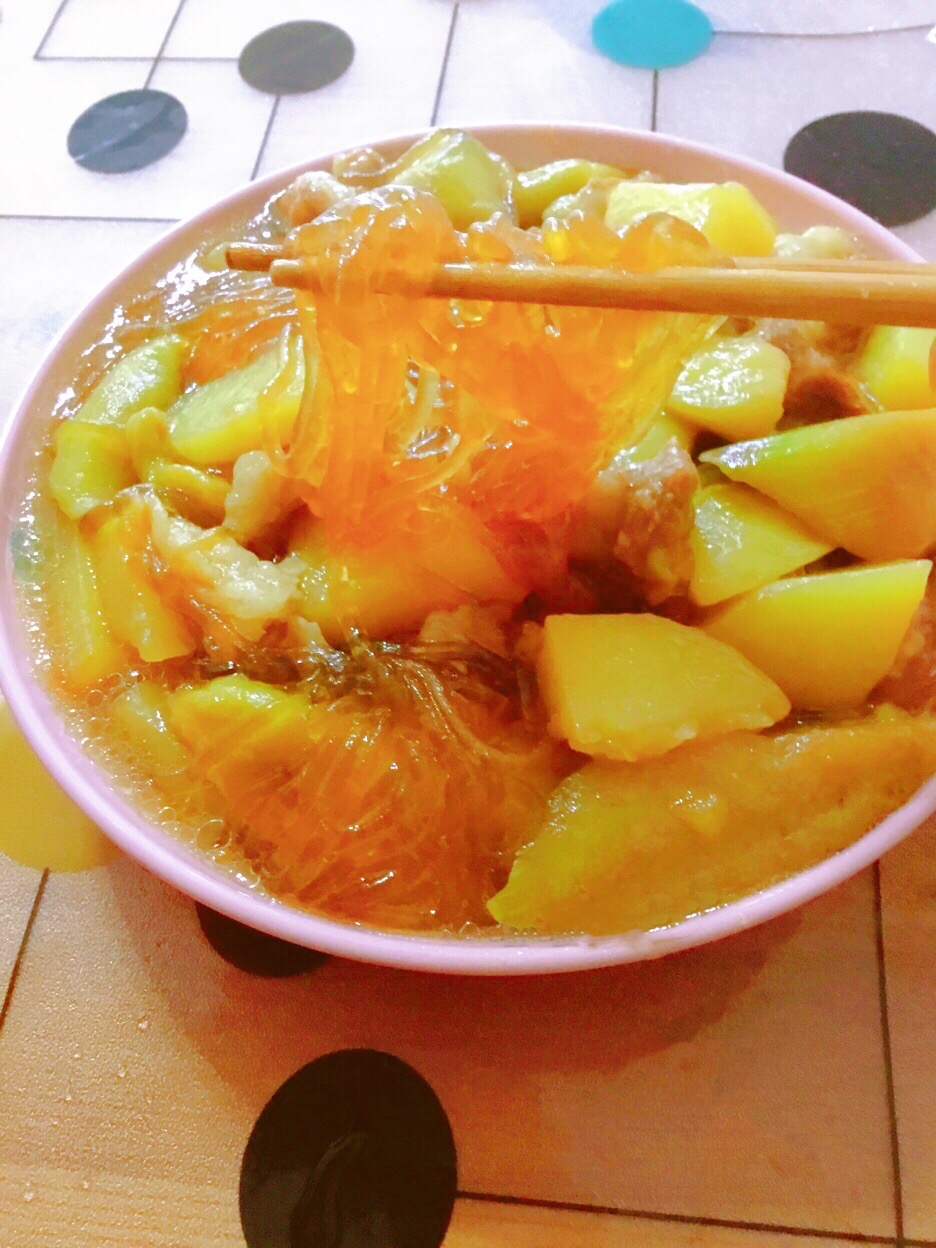 下饭菜-茄子土豆五花肉炖粉条怎么炖