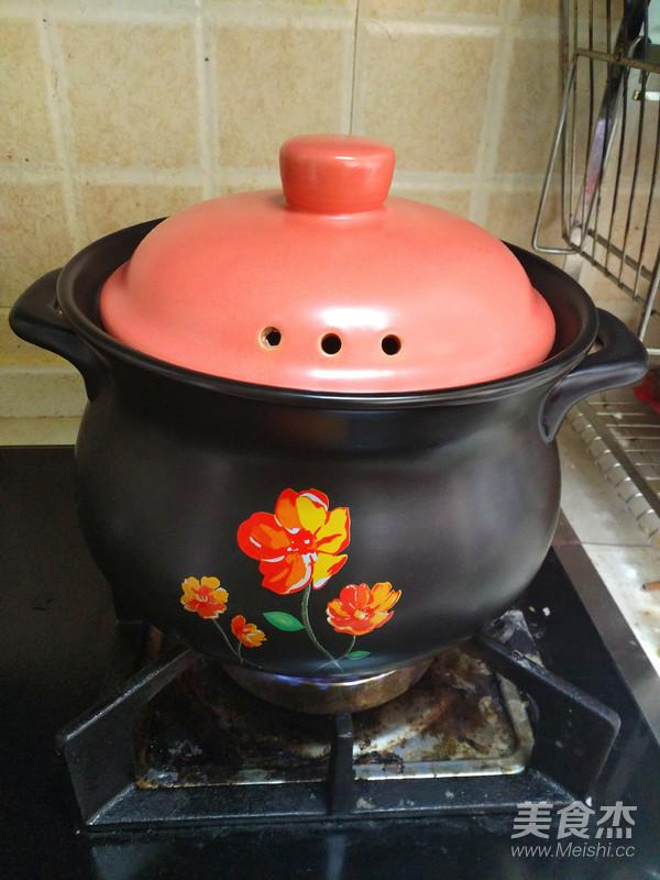 酸萝卜老鸭汤煲怎么炖