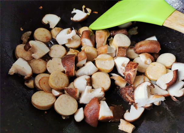 肠菇拌面的简单做法