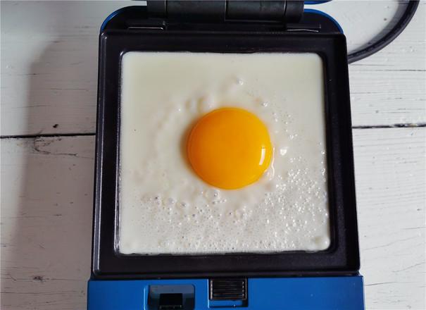酸青瓜鸡蛋三明治的做法大全