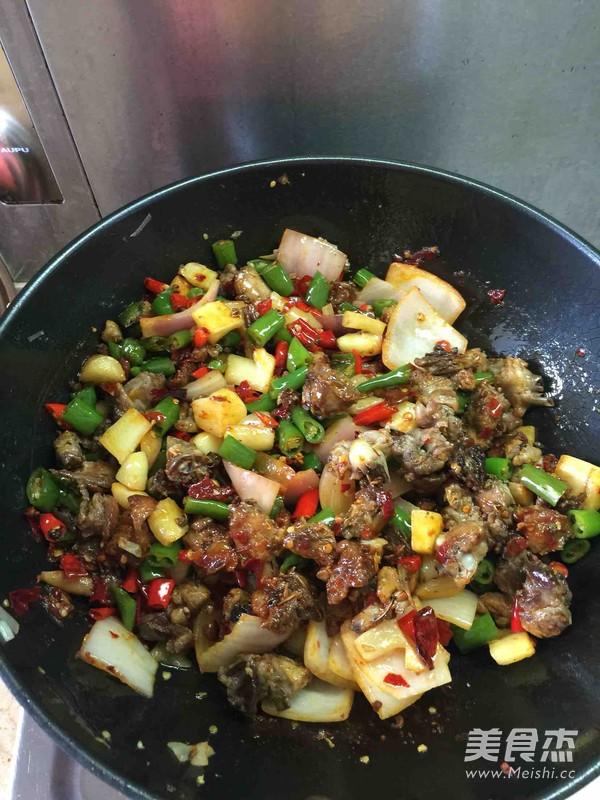 仔姜煎鸭肉怎么煮