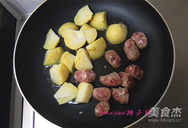 香煎香肠土豆怎么吃