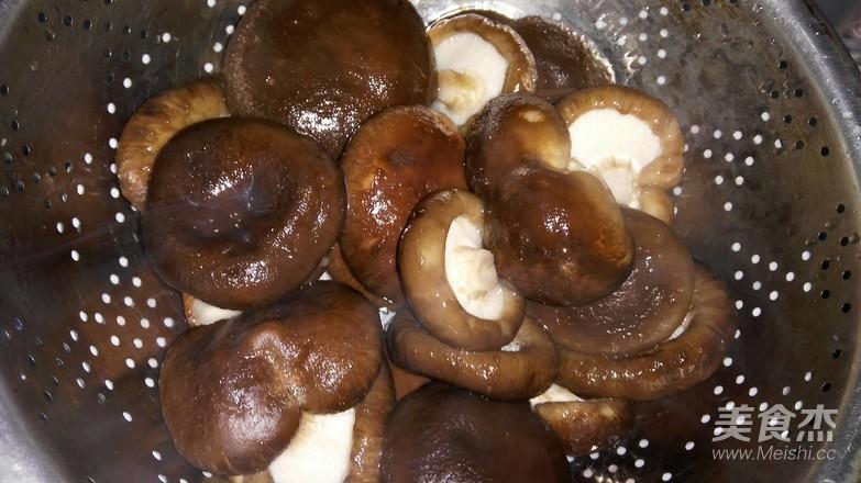 家常牛肉香菇凉拌大馄饨的做法大全