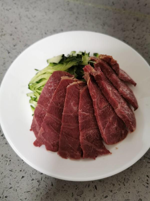 凉拌牛肉的简单做法