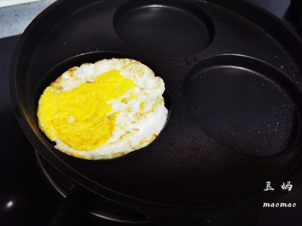 火腿鸡蛋芝士三明治的做法图解