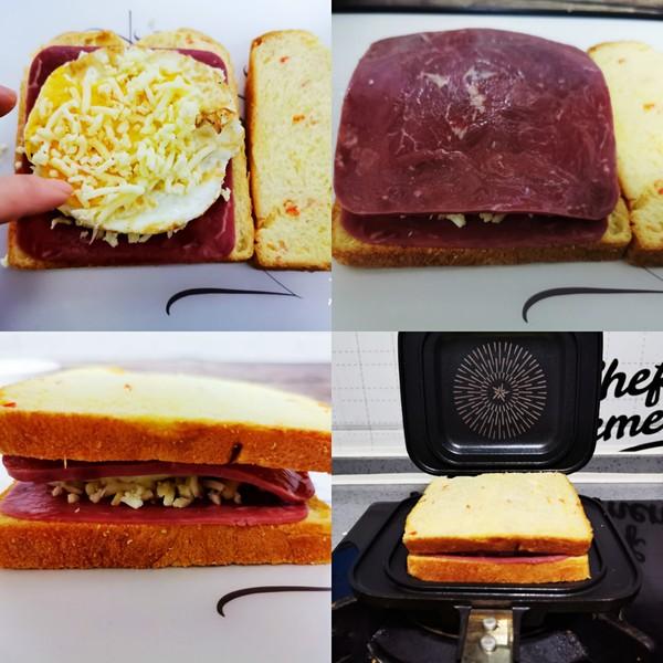 火腿鸡蛋芝士三明治的简单做法