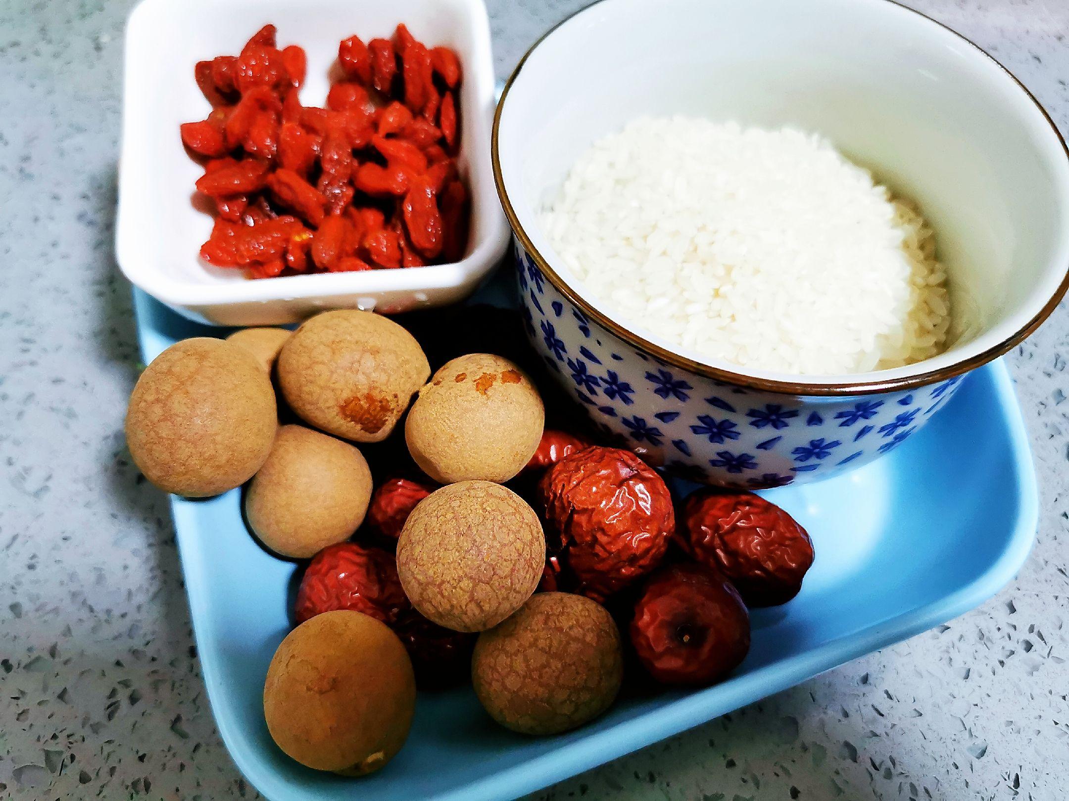 红枣桂圆粥的做法大全