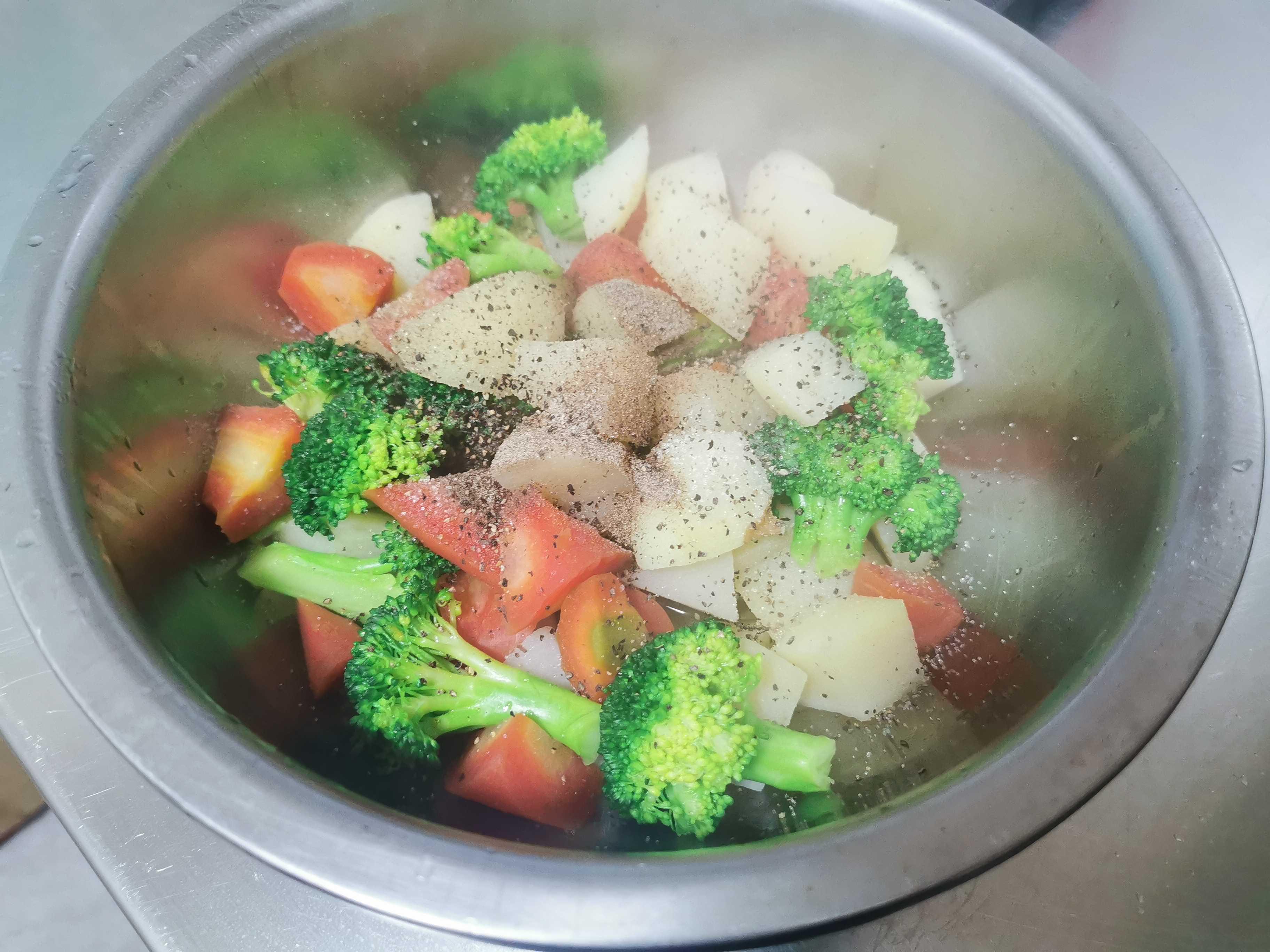 土豆蔬菜拼盘怎么煮