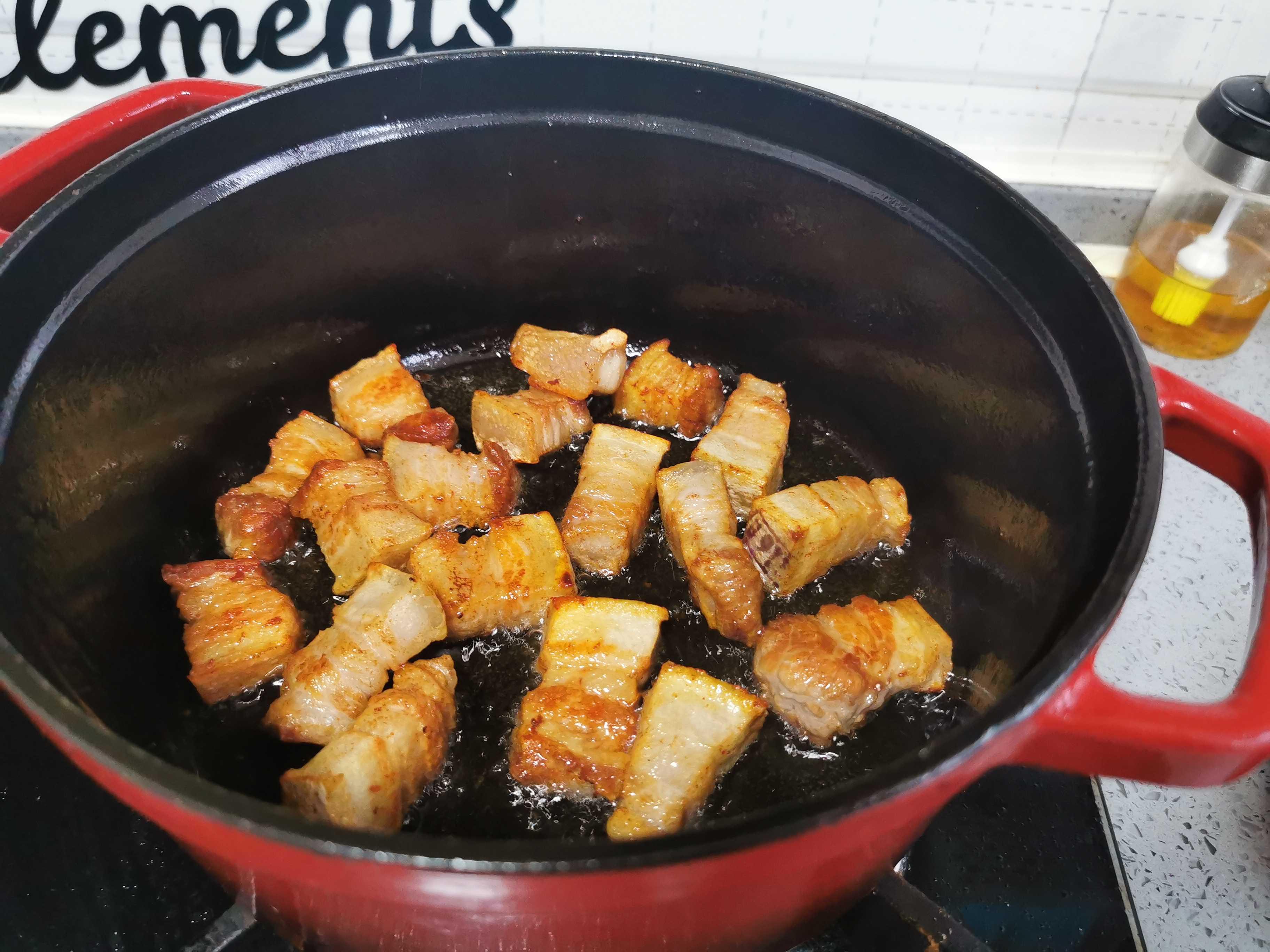 五花肉烧豆腐的家常做法