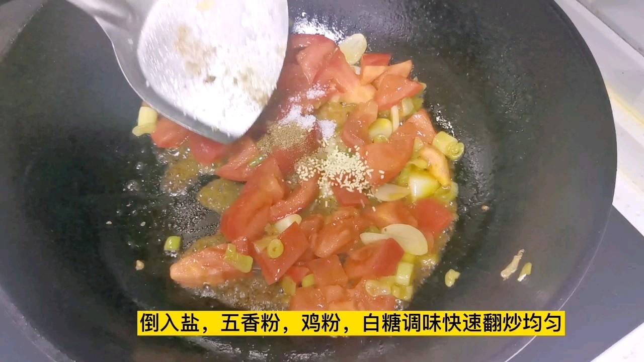 下饭神菜~西红柿炒鸡蛋,大蒜和白糖是提味的关键怎么煮