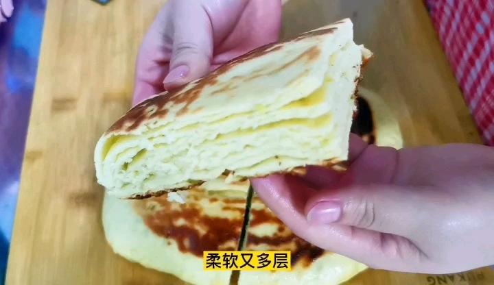 玉米面千层饼,要出多层方法很重要,颜色好看要先蒸后烙怎样炖