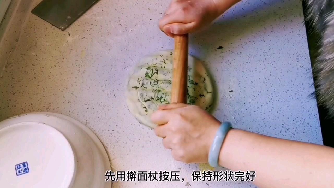 教你做比葱花饼还好吃的茴香千层锅盔,唇齿留香,干吃也完美怎么炖