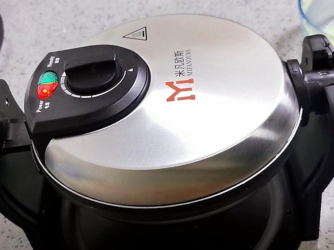 3分钟就能出锅的高颜值:香兰华夫饼的制作