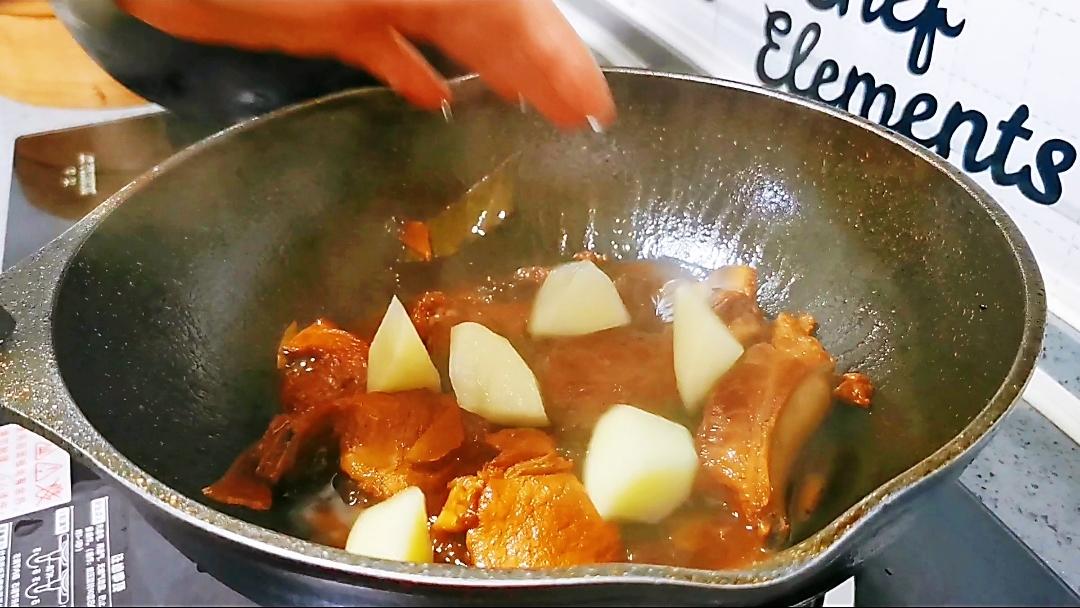 红烧土豆排骨怎么炖