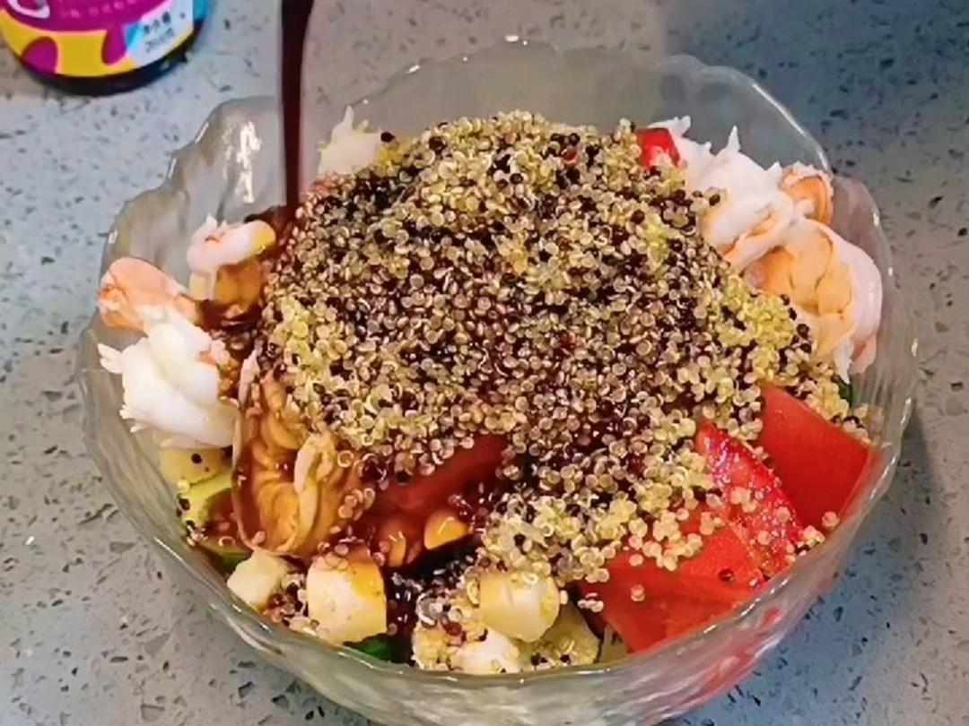 轻食减脂藜麦海鲜沙拉,送给爱美的你怎么炒