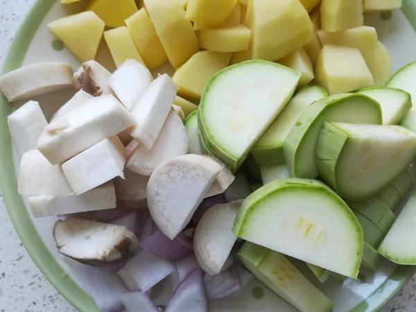 牛脊骨杂蔬汤的简单做法