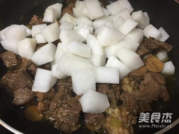 牛肉烧萝卜的简单做法