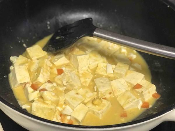 蟹黄豆腐怎么做