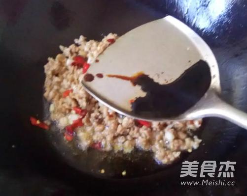 四季豆炒肉沫的步骤
