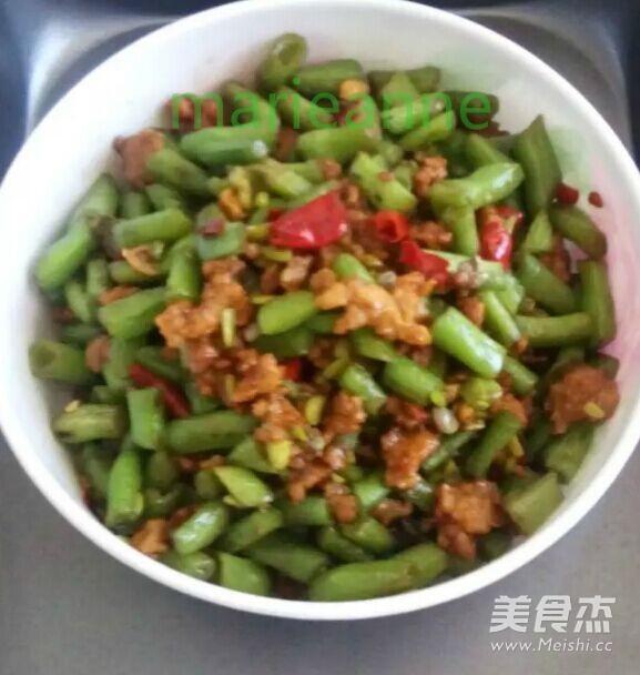 四季豆炒肉沫成品图