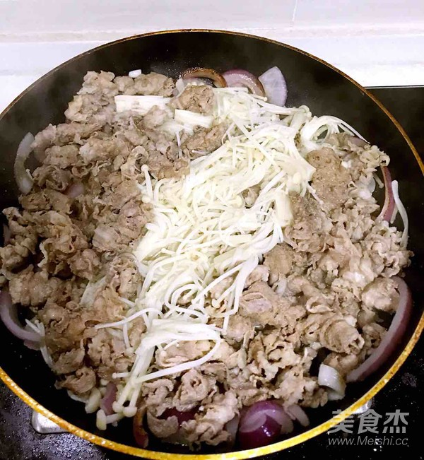 黑椒汁肥牛金针菇怎么炒