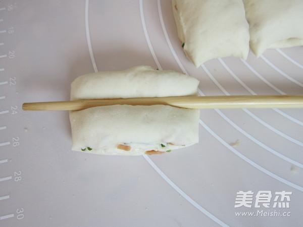 火腿葱香花卷怎样做