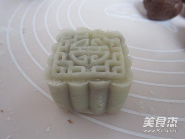 豆沙冰皮月饼怎样做
