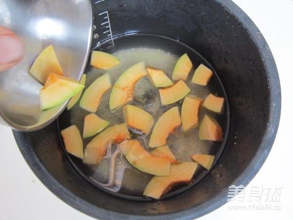 南瓜小米月饼粥的家常做法