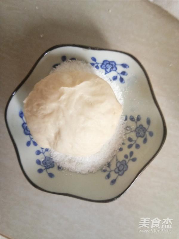 椰香奶酥面包的制作
