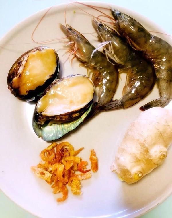 眉毛鲜掉的海鲜粥的家常做法