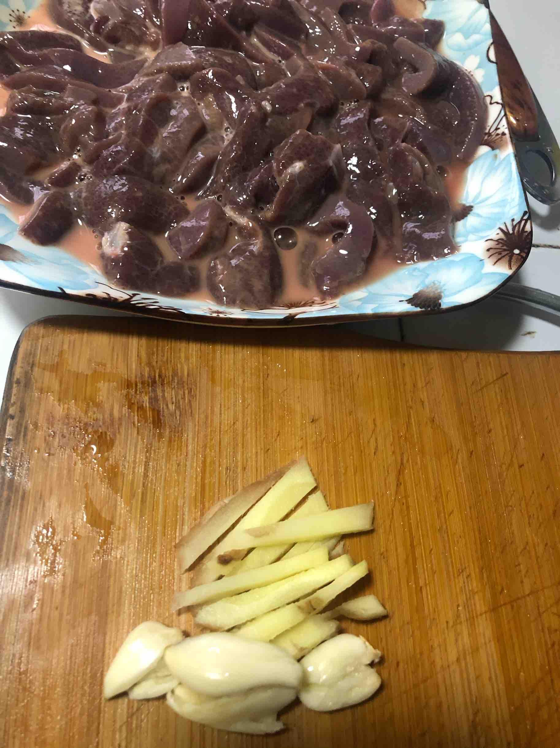 清炒猪肝的简单做法