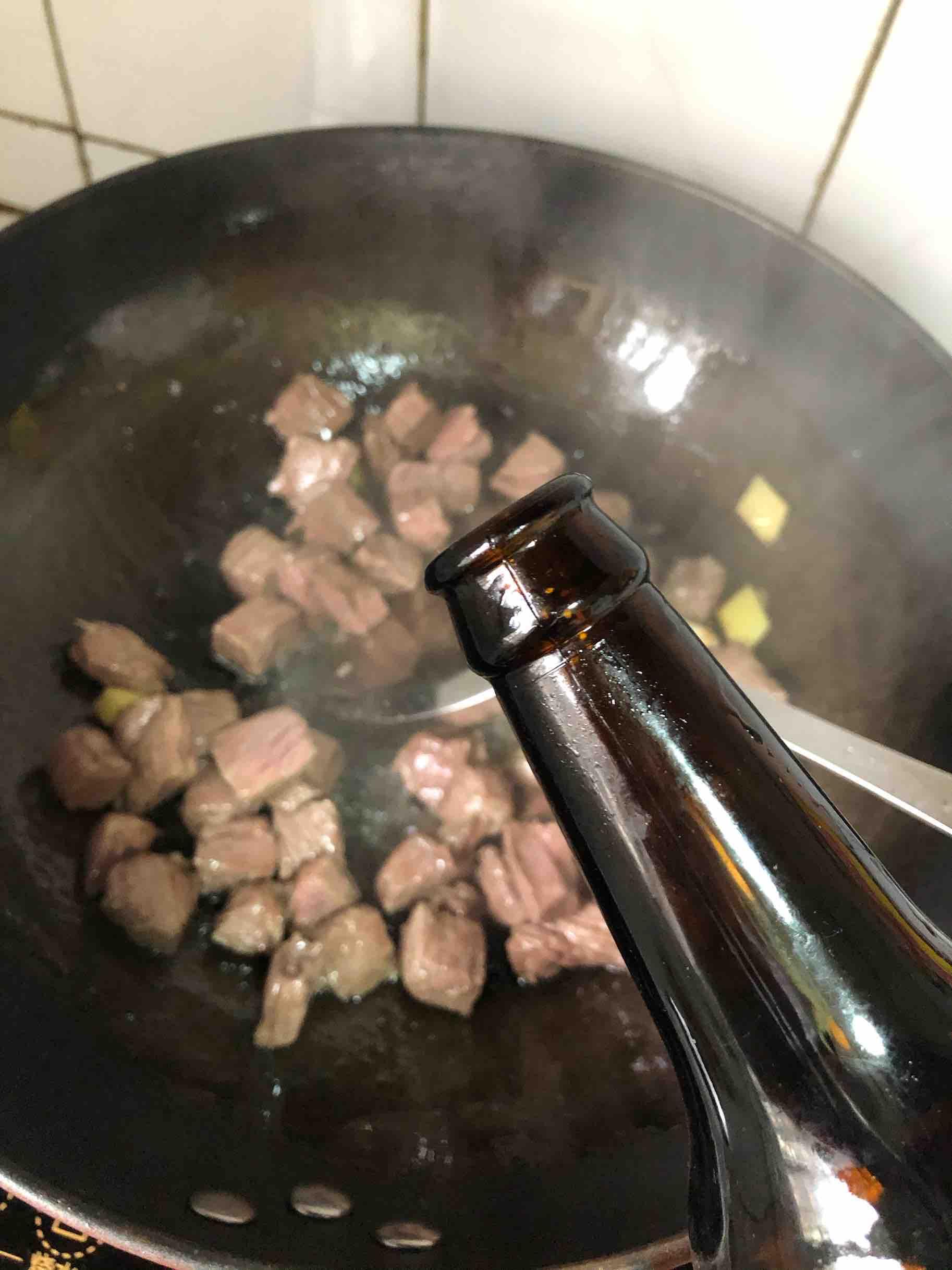 牛肉炖土豆怎么做