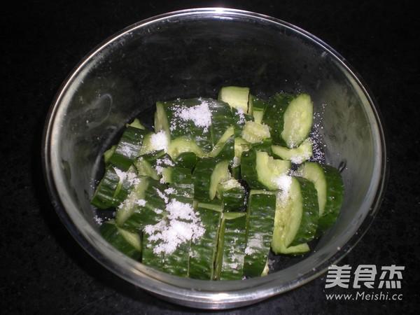 香辣拍黄瓜的家常做法