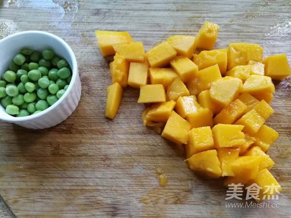 芒果炒虾仁的家常做法