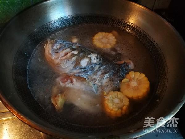 玉米豆腐鱼头汤怎么煮