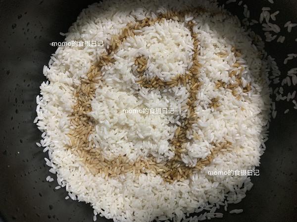 荷叶糯米鸡饭怎么吃