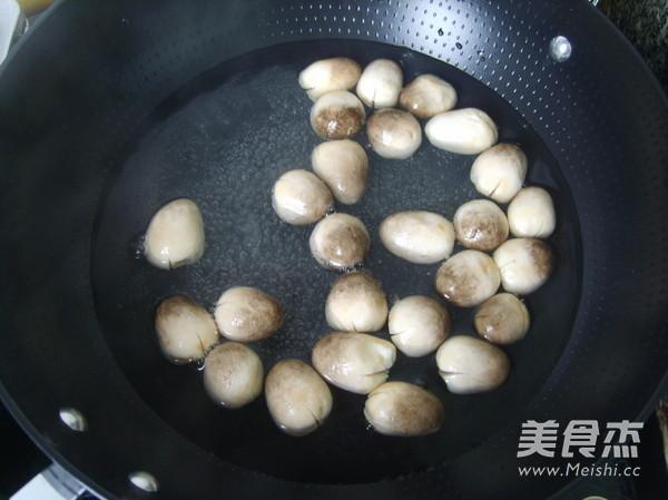 蚝油草菇的简单做法