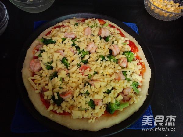 培根鲜虾披萨的制作方法