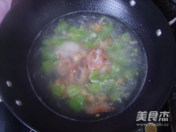 莴笋海鲜汤怎么炖