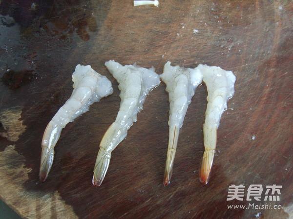 鲜虾金针菇培根卷的家常做法