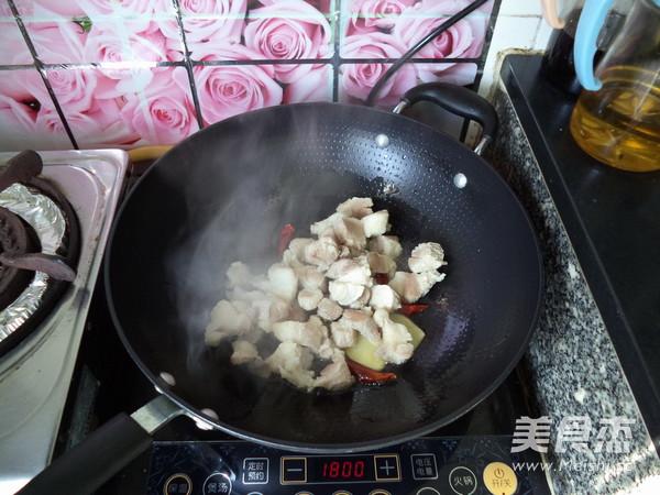 猪踭焖白萝卜怎么做