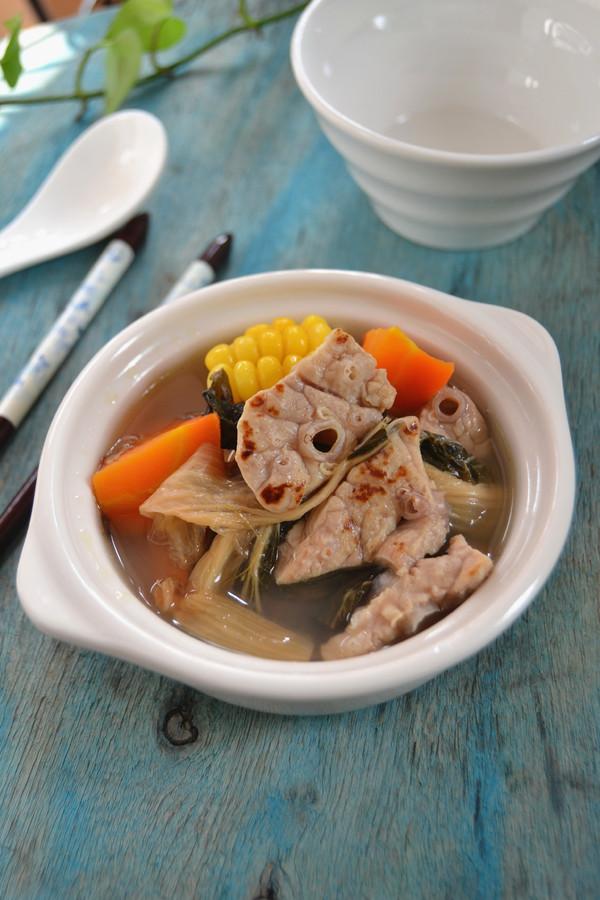 猪肺菜干汤成品图