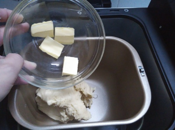 毛毛虫面包的家常做法
