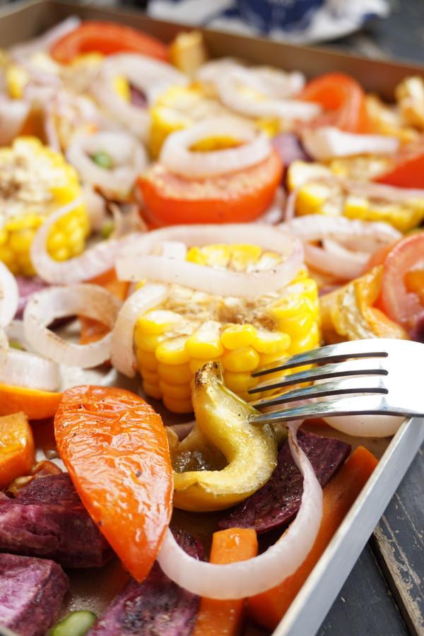 烤杂锦蔬菜成品图