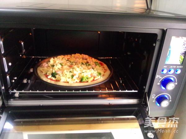 培根鲜虾披萨的制作大全