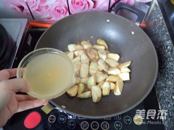 虾米焖茭白怎么煮