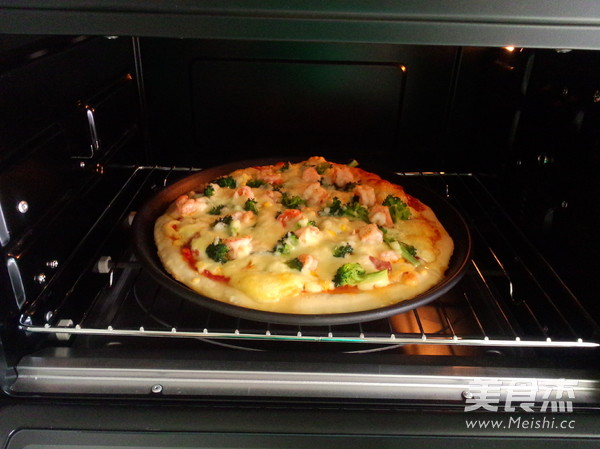 培根鲜虾披萨的做法大全